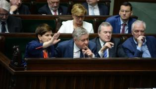 Członkowie rządu w Sejmie.