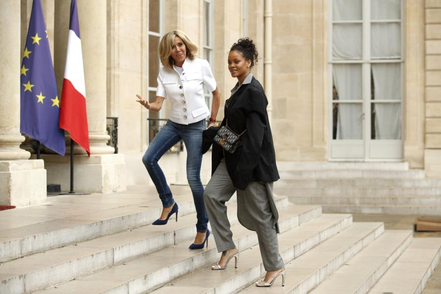 Brigitte Macron i piosenkarka Rihanna