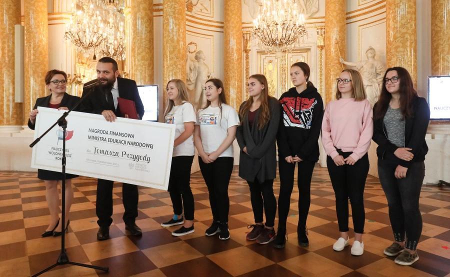 Konkurs MEN Nauczyciel - Wolontariusz Roku