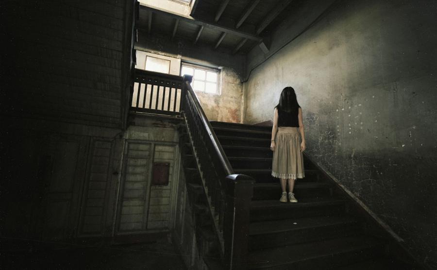 Duch, nawiedzony dom - zdjęcie ilustracyjne
