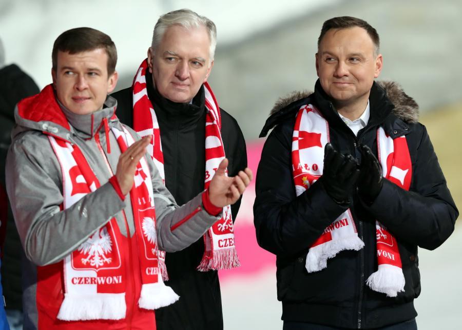 Od lewej: minister sportu i turystyki Witold Bańka, wicepremier Jarosław Gowin i prezydent Andrzej Duda
