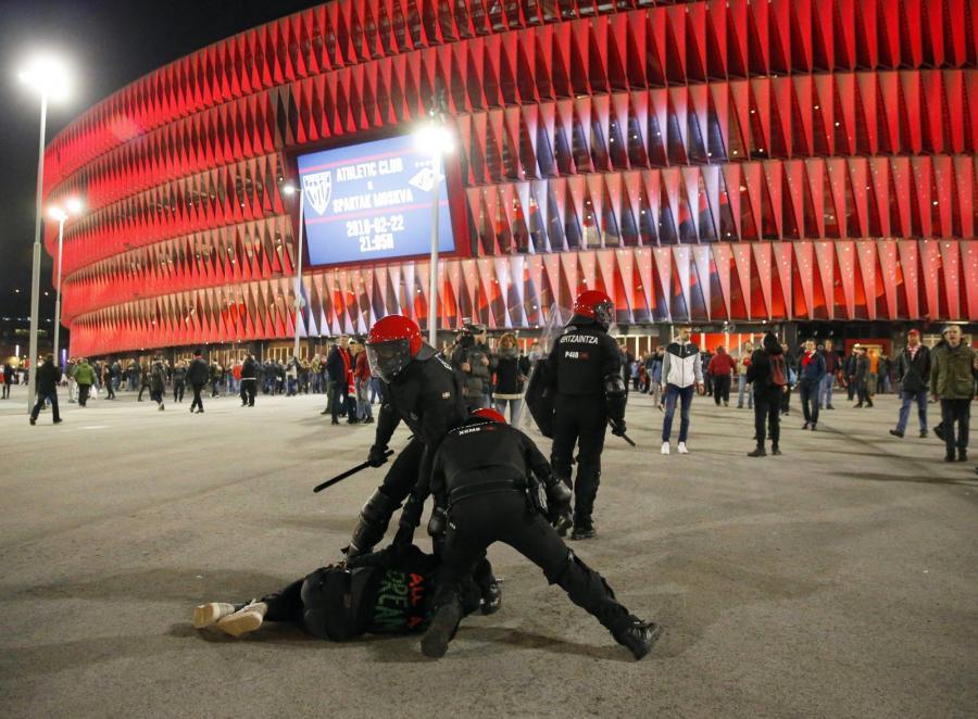 Zamieszki z udziałem kibiców Athleticu Bilbao i Spartaka Moskwa