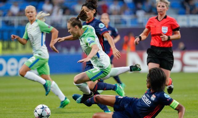 Wielkie emocje w finale kobiecej Ligi Mistrzów. Drużyna Ewy Pajor przegrała po dogrywce