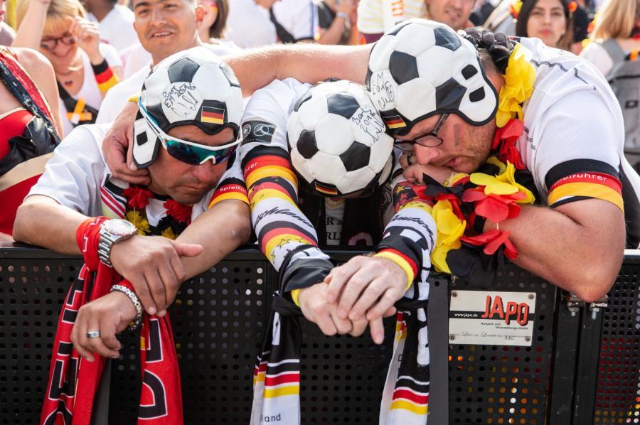 dfe70e775 Niemieccy piłkarze po kompromitacji na mundialu nie dostaną żadnych ...