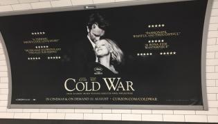 """Wielkie billboardy promujące """"Zimną wojnę"""" widoczne są nie tylko w Londynie. fot. Instagram Canal + Polska"""