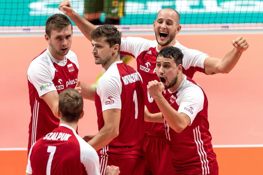 Radość Polaków podczas meczu finałowego mistrzostw świata siatkarzy z Brazylią