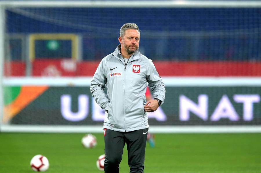 Selekcjoner piłkarskiej reprezentacji Polski Jerzy Brzęczek podczas treningu kadry w Chorzowie