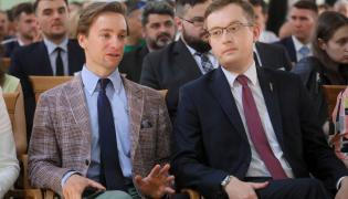 Wiceprezes RN Krzysztof Bosak i prezes RN Robert Winnicki