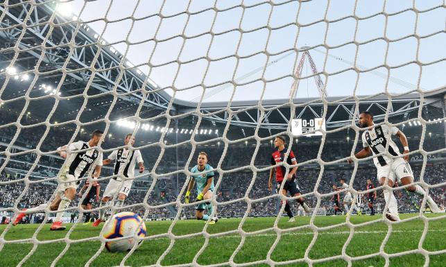 Liga włoska: Piątek nie pokonał Szczęsnego. Juventus stracił pierwsze punkty