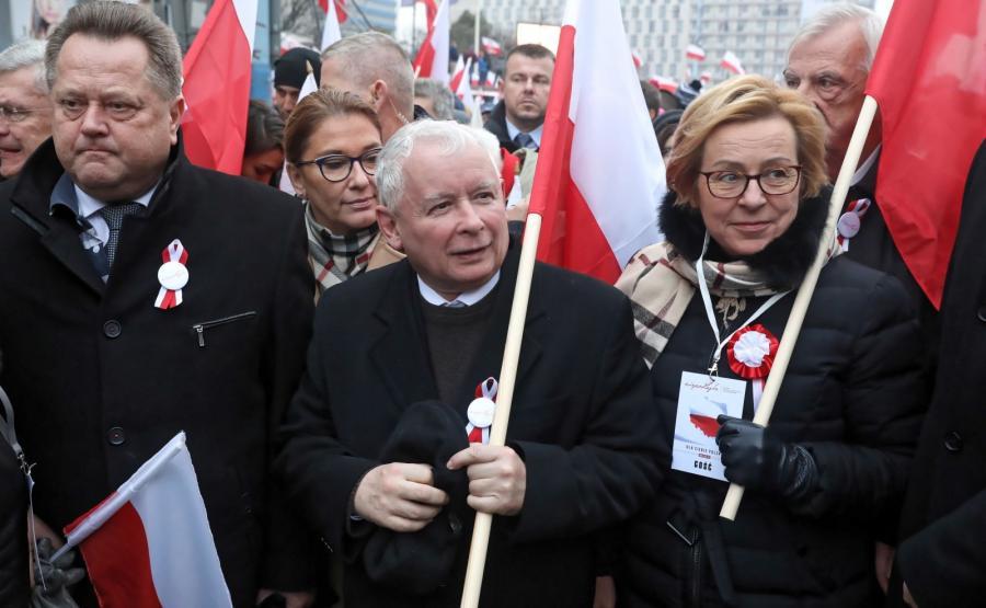 Prezes PiS Jarosław Kaczyński na czele marszu \
