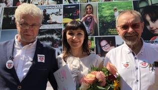 prof. Romuald Dębski oraz Jacek Wojciechowski z żoną