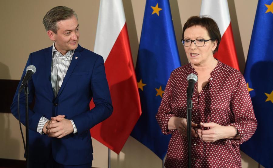Rok 2015, prezydent Słupska Robert Biedroń gości w mieście premier Ewę Kopacz