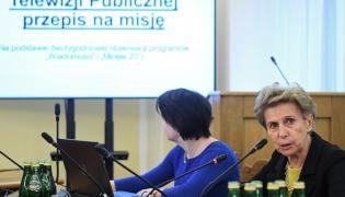"""Posłanka Iwona Śledzińska-Katarasińska podczas posiedzenia sejmowej Komisji Kultury i Środków Przekazu, której tematem jest """"1,3 mld na manipulacje i klamstwa w TVP"""""""
