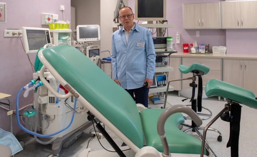 Klinika Ginekologii Operacyjnej, Endoskopowej i Ginekologii Onkologicznej kierowana przez prof. Andrzeja Malinowskiego (na fotografii)