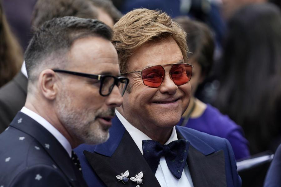 "Elton John oraz David Furnish na premierze filmu ""Rocketman"""