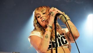 Miley Cyrus na scenie Orange Warsaw Festvial; 1 czerwca 2019