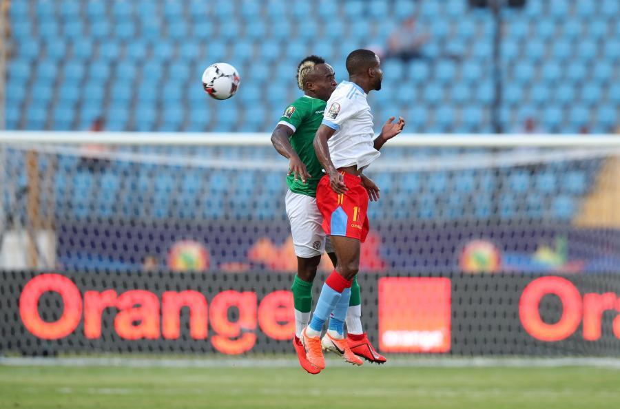 Razakanantenaina Pascal i Cedric Bakambu