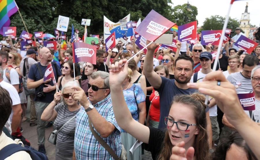 Demonstracja przeciwko przemocy w Białymstoku