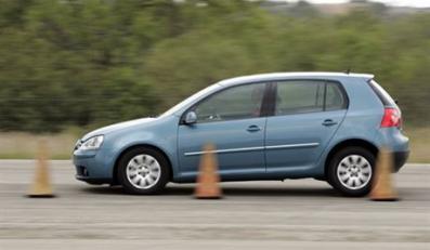 Reifentest Sommer 2006 - Gri.e 195/65 R 15 - VW Golf - Bremstest auf trockener Fahrbahn, PylonenFoto vom 02.11.2005AB112006 036ABU452006 014