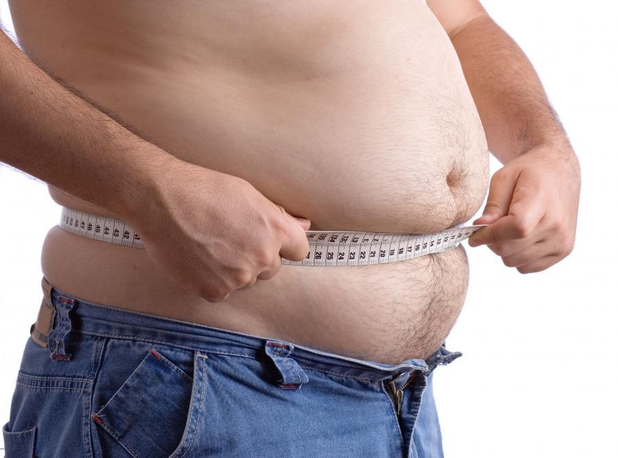 Ludzie z otyłością i nadwagą żyją dłużej