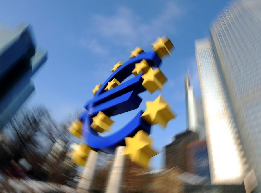 Euro wymaga coraz ściślejszej współpracy gospodarczej państw UE