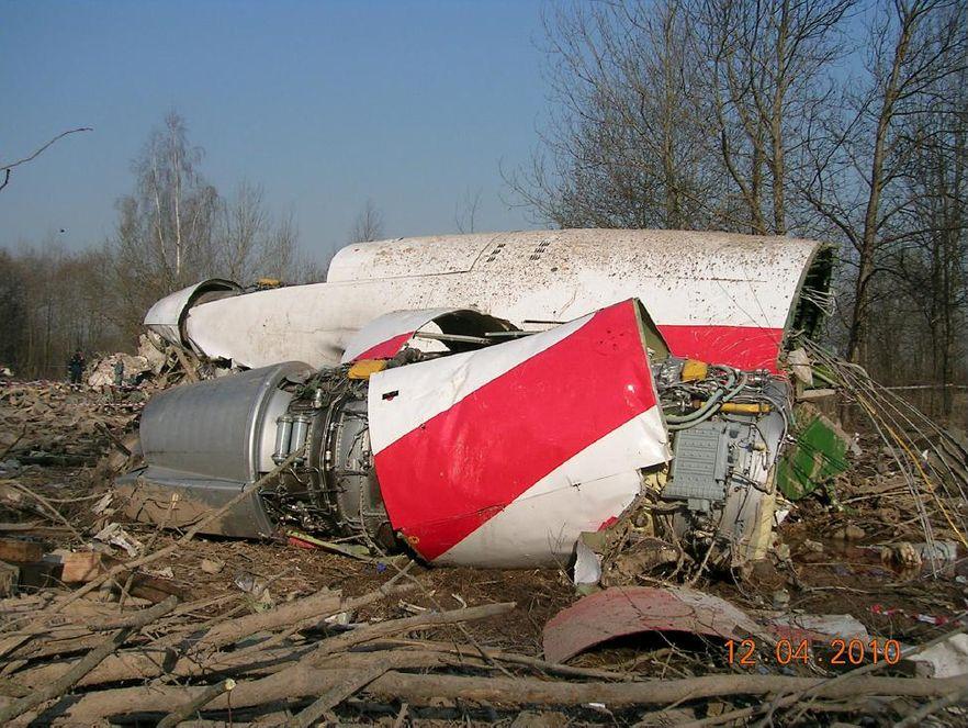 Macierewicz już wie, co stało się w Smoleńsku: Tu-154 nie uderzył w brzozę
