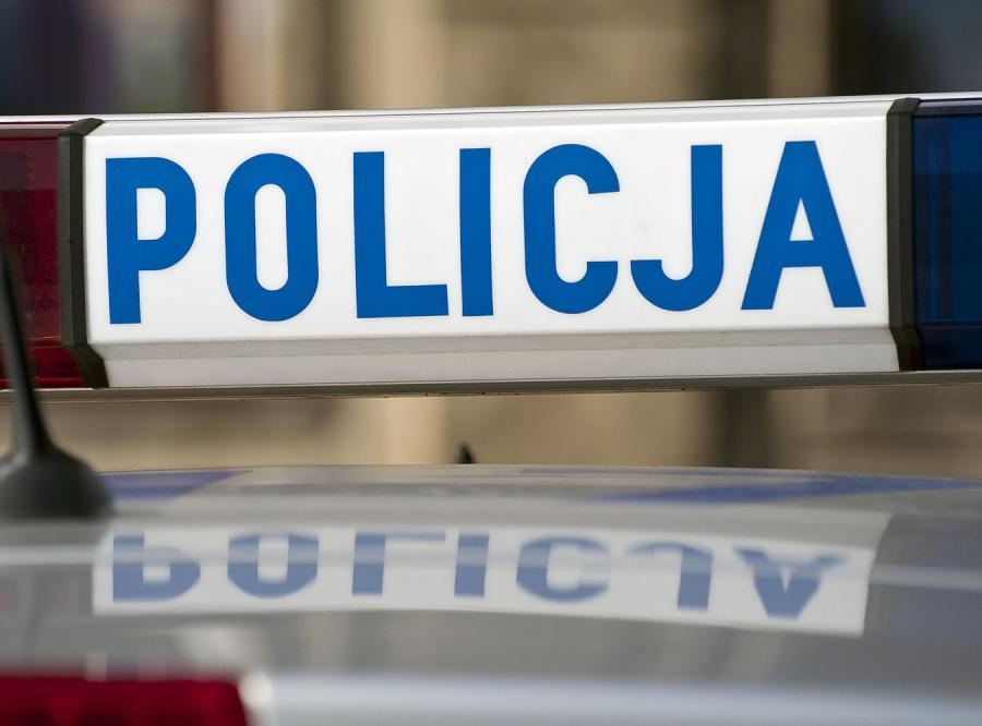 Po pijanemu uciekał policji z trzyletnią córeczką w aucie