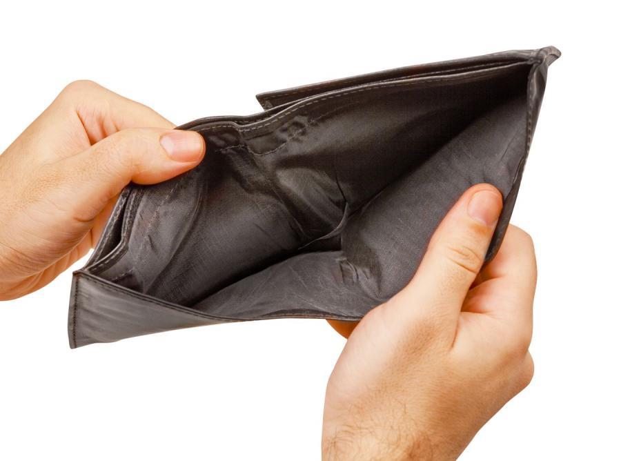 Z miesiąca na miesiąc zarabiamy coraz mniej