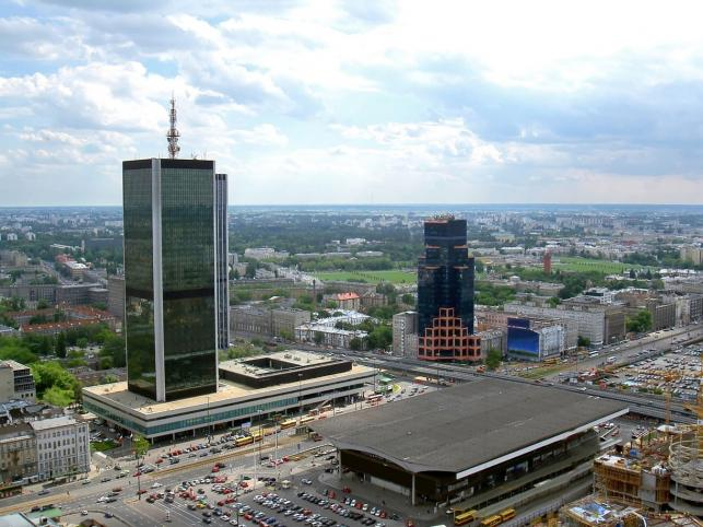 Bomba W Centrum Warszawy Ewakuacja W Złotych Tarasach