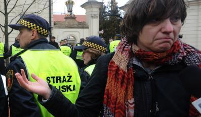 """Strażnicy miejscy bronią warszawskich kolegów przed """"medialnym linczem"""""""