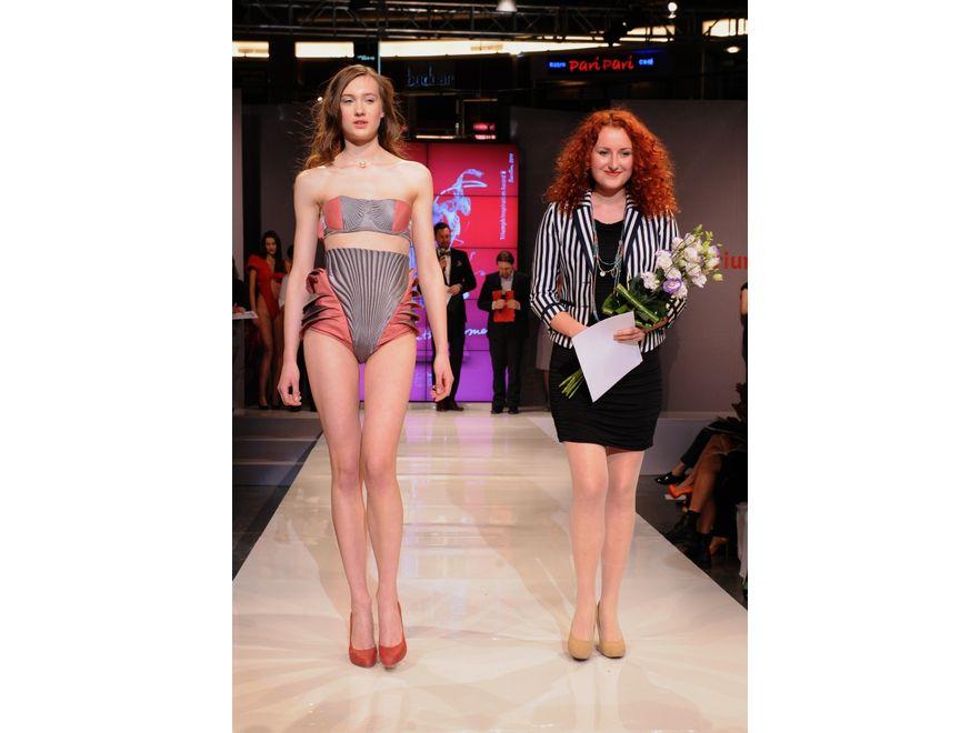 Dorota Kuźniarska z modelką