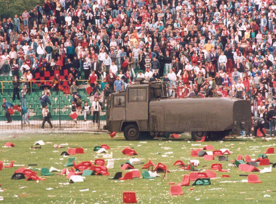 Kibice uważają, że to właśnie alkohol na stadionach przyczynia się do burd