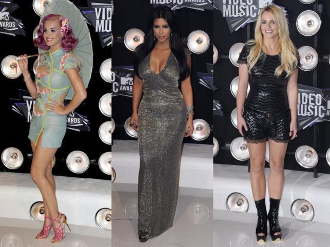 Nachalny błysk gwiazd: kreacje na MTV VMA