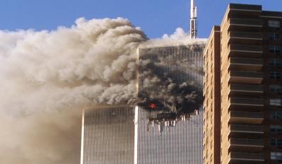 """Dziesięć lat później niektórzy wciąż szukają """"prawdy"""" o 11 września"""