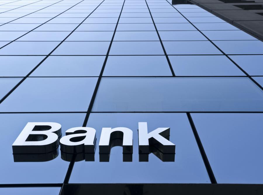 Prawie 900 osób złożyło pozew przeciwko BRE Bankowi
