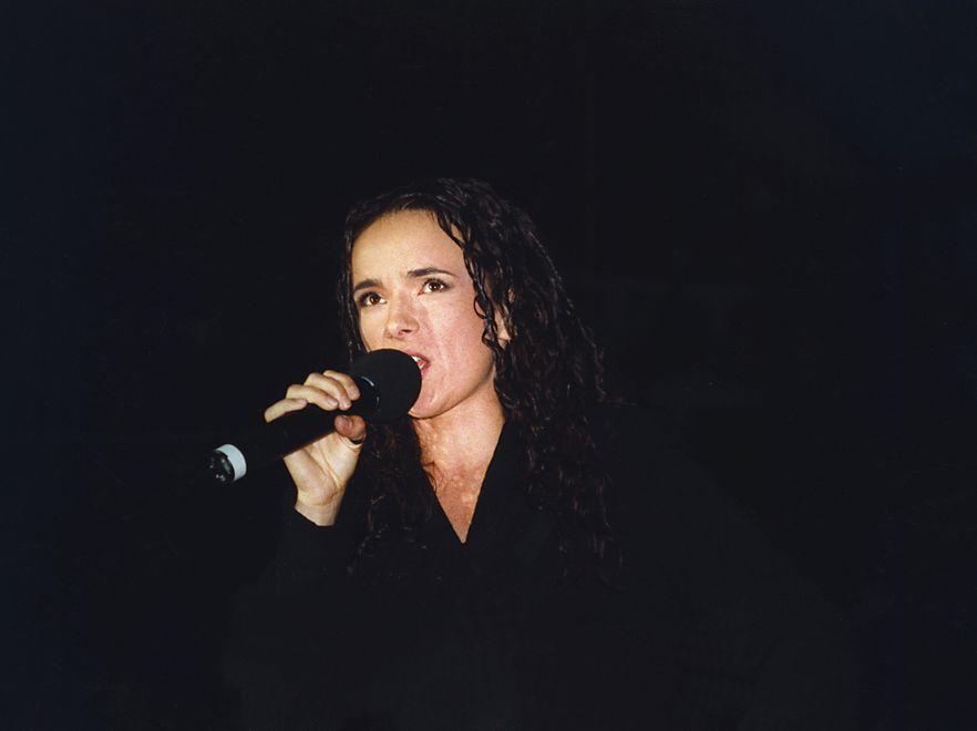 Kasia Kowalska w 1998 roku. Widać podobieństwo u córki?