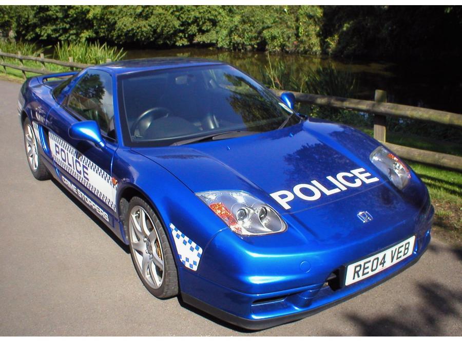 Honda NSX w policyjnym mundurze