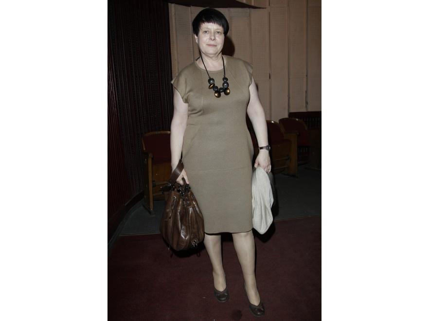Ilona Łepowska - znowu w sukience.
