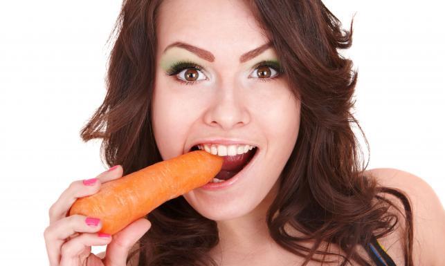 Nie tylko marchewkę... Co jeść, by mieć zdrowe oczy?