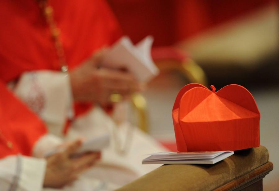 Kardynalskie nakrycie głowy