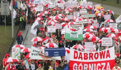 Nauczyciele znów grożą strajkiem