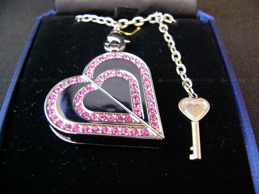 Klucz do jej serca kluczem do jej pamięci