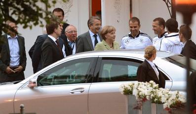 Wizyta Angeli Merkel u niemieckich piłkarzy przed Euro 2012