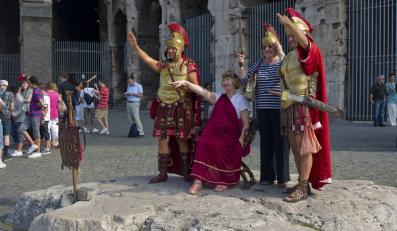 Rzymscy legioniści w Koloseum