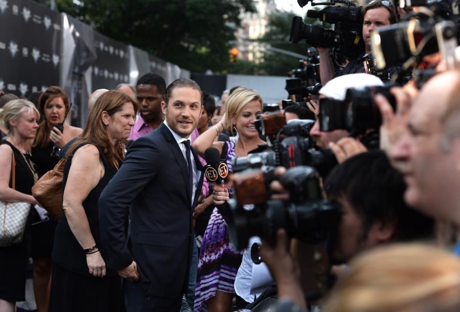 """Tom Hardy na premierze filmu """"Mroczny rycerz powstaje"""" w Nowym Jorku"""