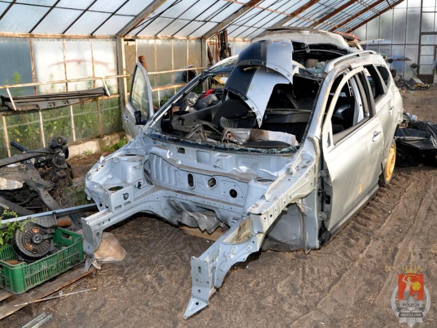 Skradziny samochód rozebrany na części