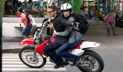 """""""Dziedzictwo Bourne'a"""" tosztampowe kino akcji"""