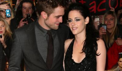 """Kristen Stewart i Robert Pattinson na premierze filmu """"Saga Zmierzch: Przed świtem – część 1"""" w Londynie –17 listopada 2011"""