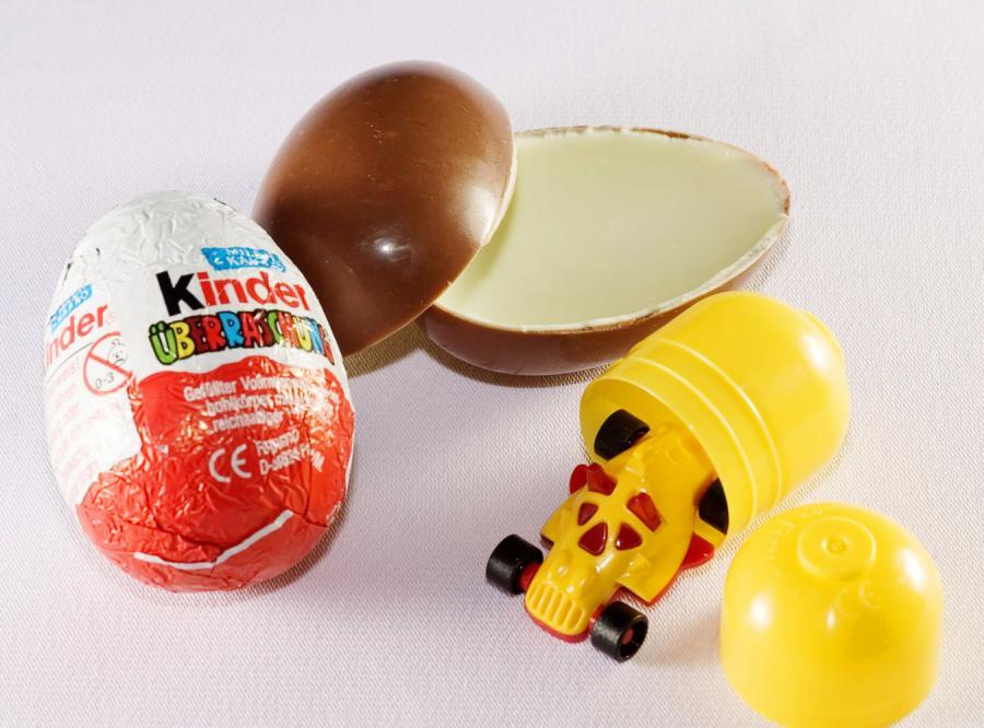 Niemcy zakażą dzieciom jajek z niespodzianką?