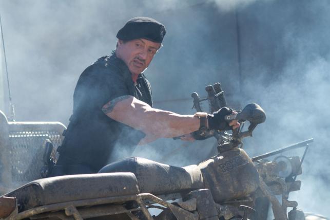 """Sylvester Stallone w filmie """"Niezniszczalni 2"""""""